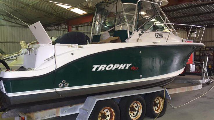 Trophy 2502 WA - Mercury 300hp Verado