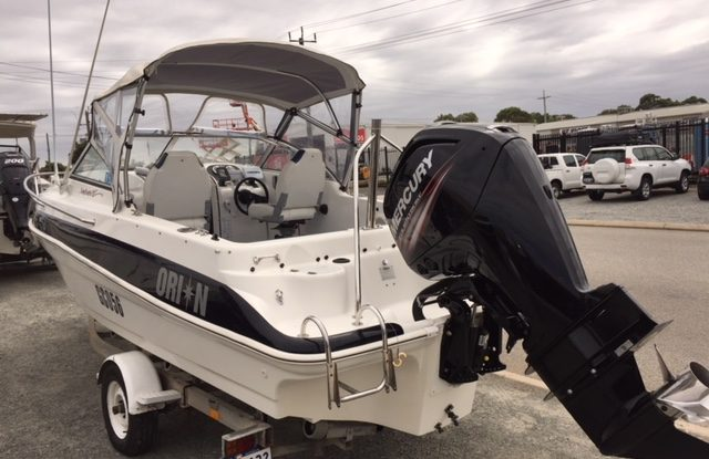Cox Craft Rum Runner - Mercury 115hp EFI Four Stroke CT